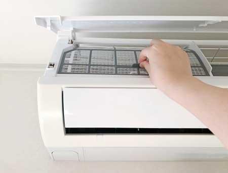 エアコンのフィルター掃除で節電